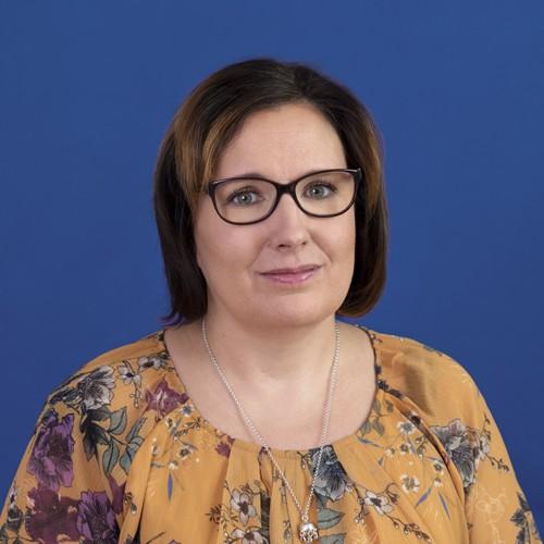 Miia Lahdenperä profile image